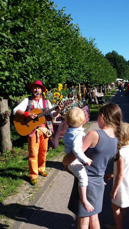 Troubadour Rob Krot op Zomer Fair op Marienwaerdt - Ook geweldig voor de kids